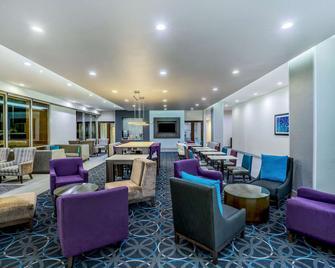 La Quinta Inn & Suites by Wyndham Houston Cypress - Cypress - Lounge