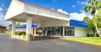 Motel 6 Starke, FL - Starke - Edificio