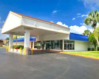 Motel 6 Starke, FL - Starke - Gebäude
