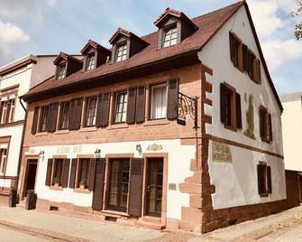 Altstadthotel - Kaiserslautern - Building