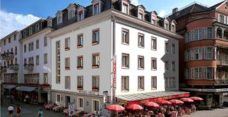 Hotel Weisses Kreuz - Interlaken - Building