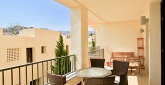 Samara 3 - Modern 2br In Samara Resort Marbella, Indoor And Outdoor Pools, Spa - Marbella - Balcony