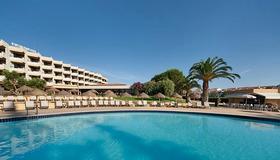 埃武拉酒店 - 埃武拉 - 埃武拉 - 游泳池