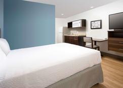 Woodspring Suites Watford City - Watford City - Bedroom
