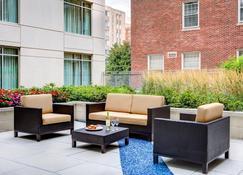 Courtyard by Marriott Washington, DC/Foggy Bottom - Ουάσιγκτον - Βεράντα