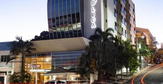 Hotel D'Luca - กูยาบา