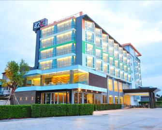 42C The Chic Hotel - Nakhon Sawan - Building
