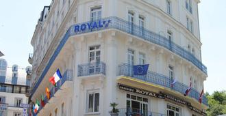Hôtel Royal - Lourdes - Building