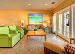 Tranquility Bay Beachfront Hotel And Resort - Marathon - Stue