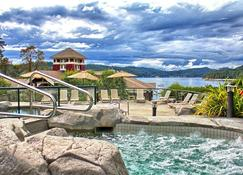 Poets Cove Resort & Spa - Bedwell Harbor - Piscine