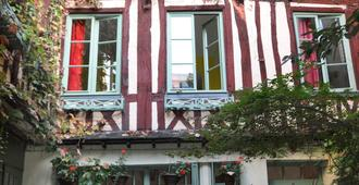 Le Vieux Carré - רואה - בניין