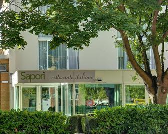 Best Western Atlantic Hotel - Chelmsford - Building