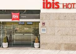 Ibis Braganca - Bragança - Building