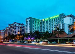 Promenade Hotel Kota Kinabalu - Kota Kinabalu - Building