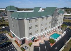 Country Inn & Suites by Radisson, St. Petersburg - Pinellas Park - Edificio