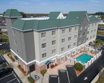 Country Inn & Suites by Radisson, St. Petersburg - Pinellas Park - Building