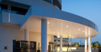 Staybridge Suites Abu Dhabi - Yas Island - אבו דאבי