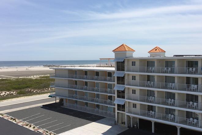Aqua Beach Hotel - Wildwood Crest - Building