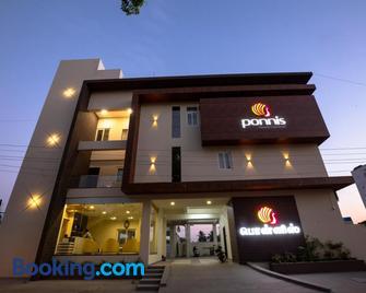 Ponnis Hotel - Palani - Building