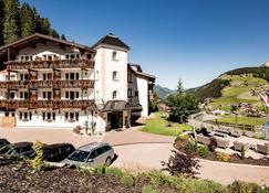 Continental - Selva di Val Gardena - Building