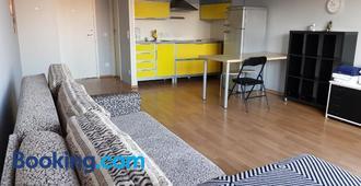 Pirita River View Apartment new - Tallinn - Stue