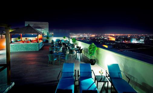 阿瑞斯廣場酒店 - 杜拜 - 杜拜 - 陽台