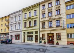 Hotel Iberia - Opava - Rakennus