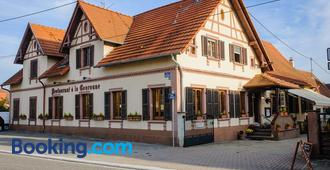 Hôtel Restaurant La Couronne - Roppenheim