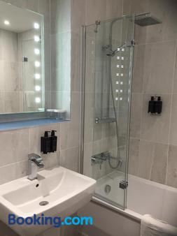 Hythe Imperial Hotel Spa & Golf - Hythe - Bathroom