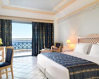 Mitsis Rodos Village Beach Hotel & Spa - Kiotari - Schlafzimmer