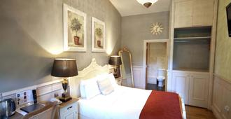 The Crown at Playhatch - Reading - Bedroom