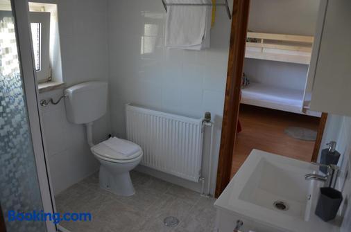 Abla Guest House - Carcavelos - Bathroom