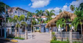 Batey Hotel Boutique - Boca Chica