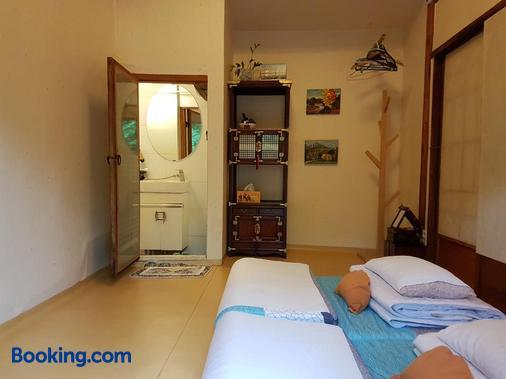 Gongsimga Hanok Guesthouse - Σεούλ - Κρεβατοκάμαρα