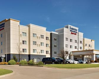 Fairfield Inn & Suites by Marriott Tupelo - Тупело - Building