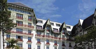 Hôtel Barrière L'hermitage - La Baule-Escoublac - Outdoor view