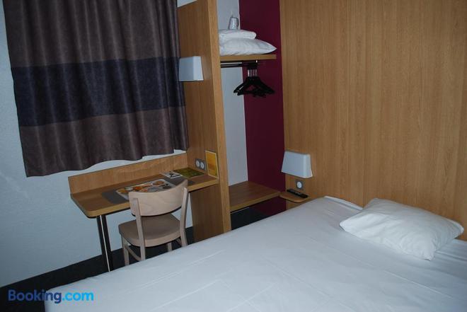 B&b Hotel Lyon Vénissieux - Vénissieux - Bedroom