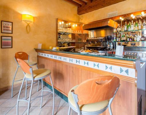 Best Western PLUS Hotel Le Rondini - San Francesco al Campo - Bar