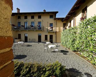 Best Western PLUS Hotel Le Rondini - San Francesco al Campo - Edificio