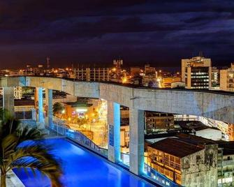 Cosmos Pacifico Hotel - Buenaventura - Pool