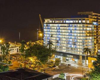 Cosmos Pacifico Hotel - Buenaventura - Gebouw