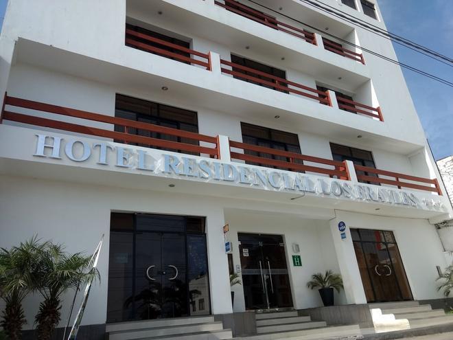 Hotel Residencial Los Frayles - Paracas - Edificio