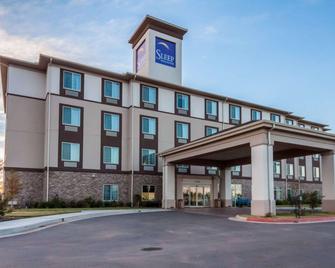 Sleep Inn & Suites - Elk City - Building