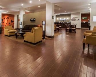 Sleep Inn & Suites - Elk City - Lobby