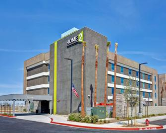 Home2 Suites by Hilton Palmdale - Palmdale - Gebouw