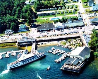 Half Moon Motel and Cottages - Weirs Beach - Venkovní prostory