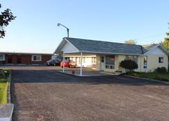 Colonial Motel - Chatham-Kent - Building