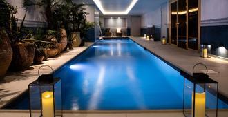 Hotel Monte Cristo - París - Piscina