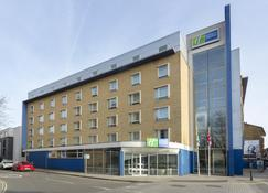 Holiday Inn Express London - Earl'S Court - London - Building