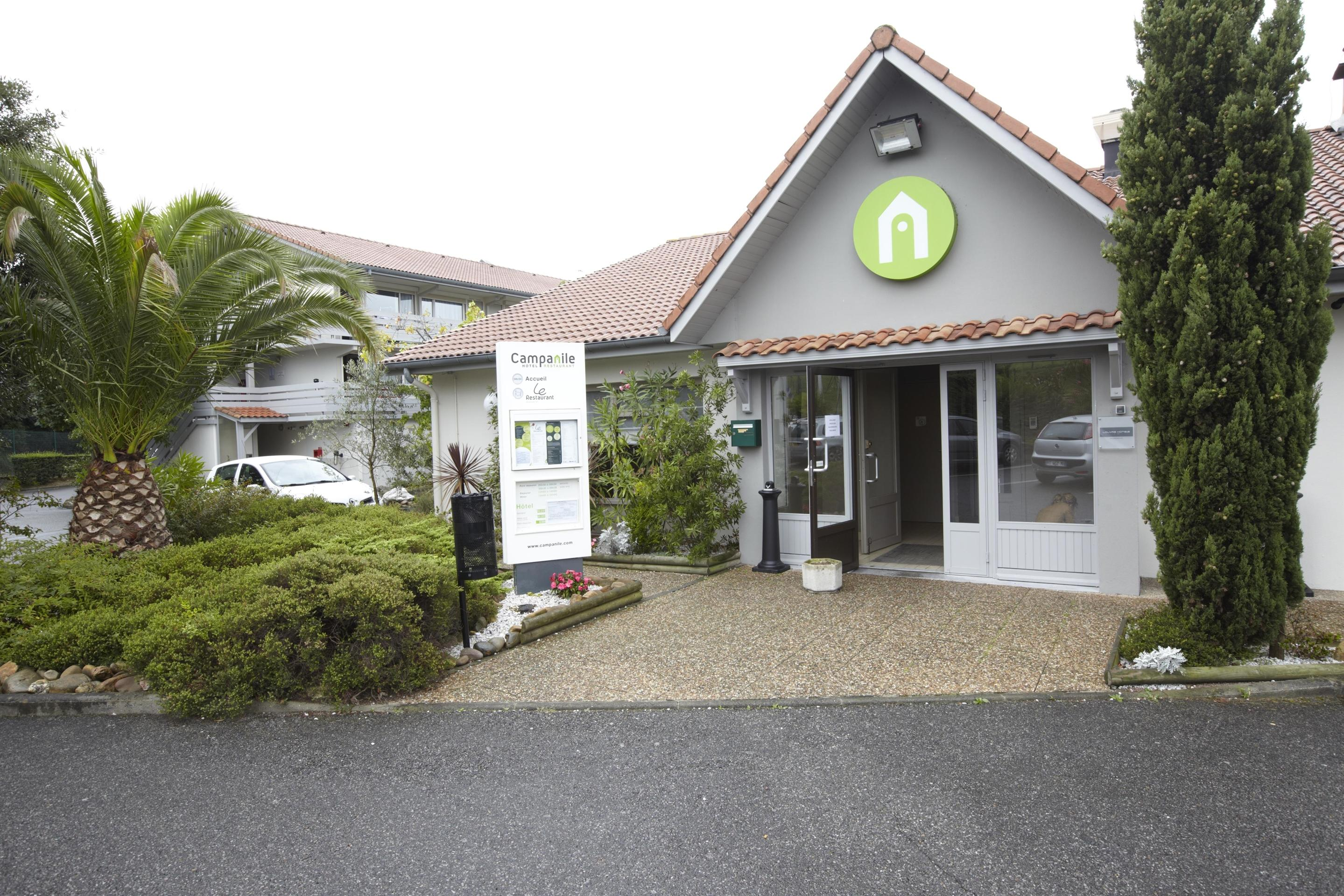 Hoteles en Ezpeleta Buscar en KAYAK